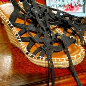 Strap laced wedges